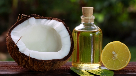 Top 5 Ridiculous Myths about Coconut Oil