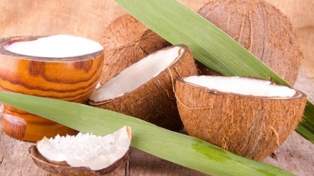 7 Ways to Use Coconut for a Pesticide Free Home