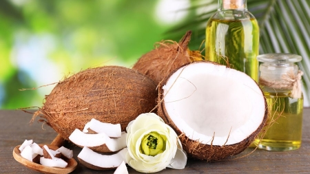 How to Clean Your  Room Using Coconut Oil